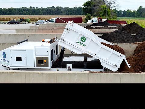 dANNAR Dumping Dirt