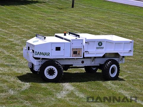 DANNAR-300-Mobile-Power-Station-grass