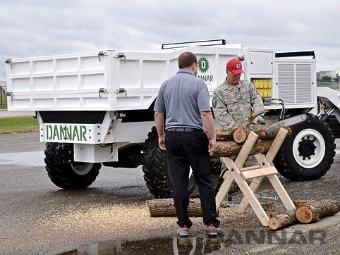 DANNAR-300-Mobile-Power-Station-on-the-job