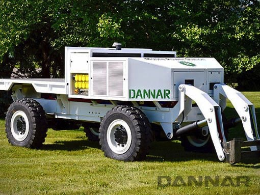 The original DANNAR 300 Mobile Power Station. Shown with hydralic accessory.